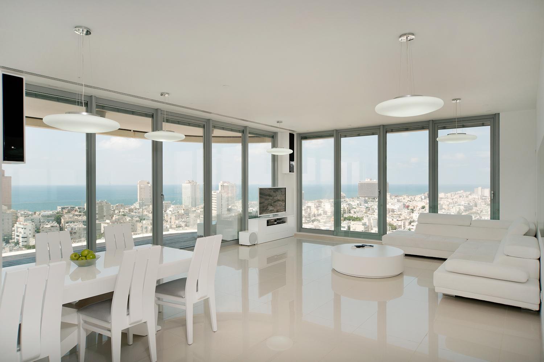Luxury 4bd Apt in The Frishman-Dizengoff Tower
